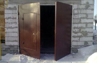 Гаражные распашные ворота в Перми