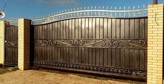 Фото процесса производства Кованые ворота откатные в Перми